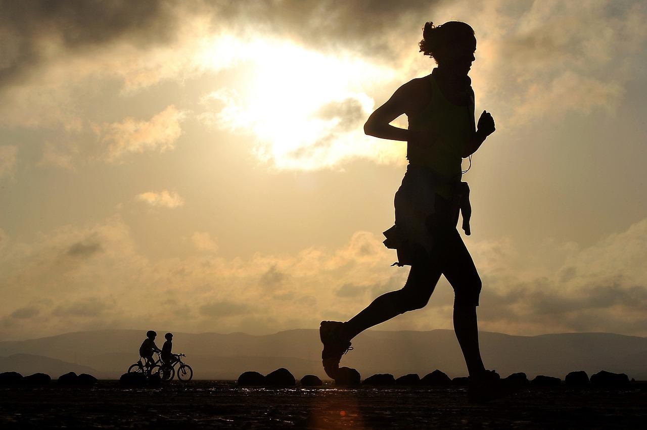 biegac dlugie dystanse